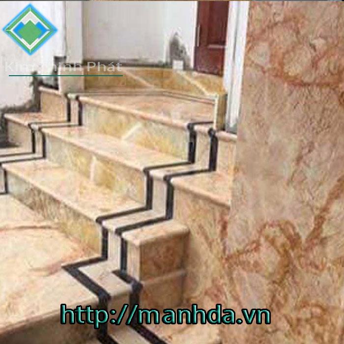 Cầu thang đá hoa cương tự nhiên hồng-skgoor