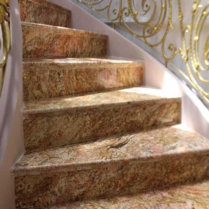 Cầu thang đá hoa cương vàng hoàng gia f2