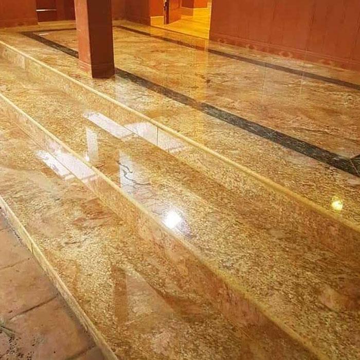 Cầu thang đá hoa cương vàng hoàng gia f4